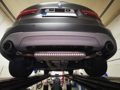 BMW X1 F48 Carbon Endrohr1